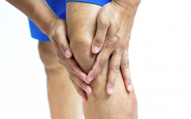 knee swelling